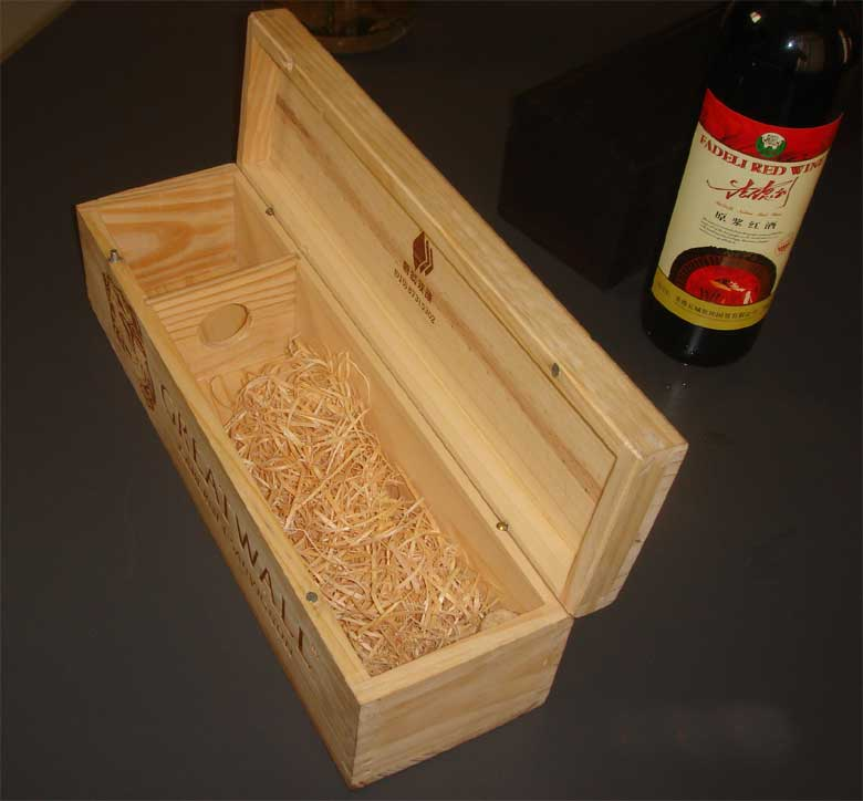 Wooden wine boxes or high density board box for comestic products or gifts
