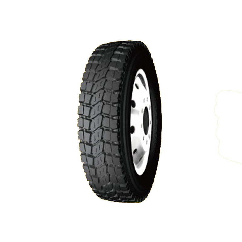 Super quality long service life truck tires on sale