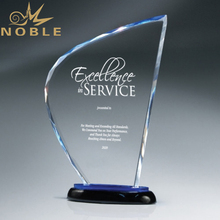 Noble Gegraveerde Logo <span class=keywords><strong>Facet</strong></span> K9 Crystal Trofee voor Corporate Anniversary Gifts