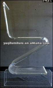 Z-shaped Acrylic Dining Chair