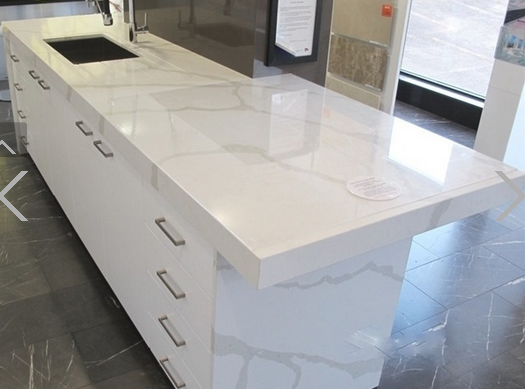 Factory Crystal Shining Light Grey Noble Colour Decorative Engineered  Bullnose Composite Quartz Stone For Countertop