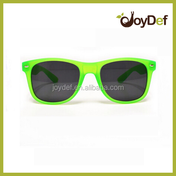 hot selling women sunglasses party and vacation style sunglasses fashion green frame eyewear glasses