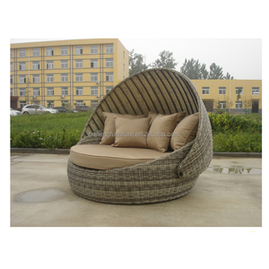 Europa leisure furniture patent poly rattan round daybed with canopy