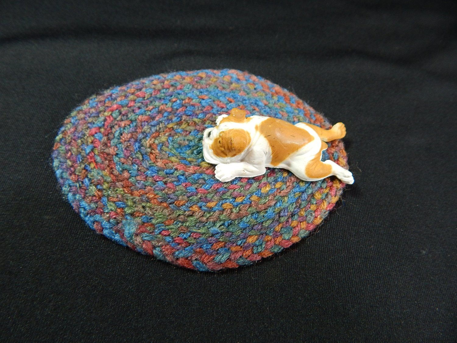 """World of Miniature Bears  3/""""x4/"""" Oval Braided Rug #901E Collectible Miniature"""