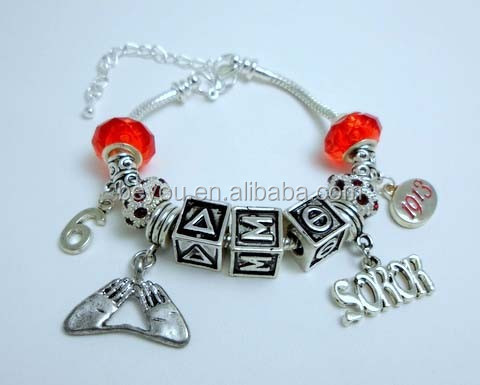 Designer Brand Red Beads Customized Charm Bracelet With Hand Charm