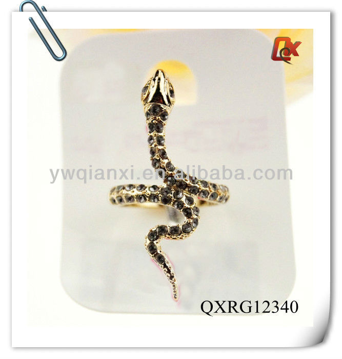 Diamond snake ring model (QXRG12340)