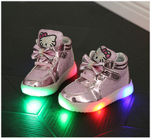 2017 New Baby LED Light Shoes Anti-Slip Sports Kids Sneakers Children's Kitty Luminous Flasher Shoes Size 21-30