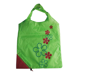 Wholesale Manufacturer Nylon Eco Cheap Custom Foldable Strawberry Shaped Reusable Standard Size Paper Shopping Bag
