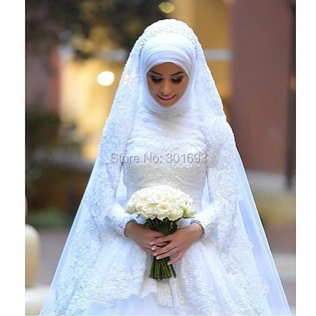 femme voilée robe de mariée