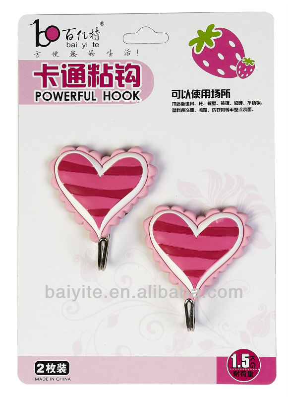 heart shaped plastic necktie hook with stripe design