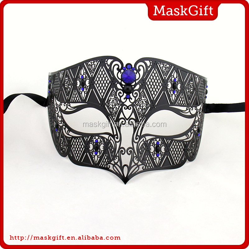 Fashion attractive black metal halloween mask for dance party