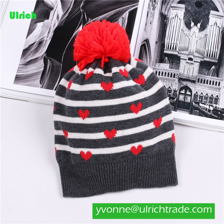 KR137 Pretty loving heart jacquard warm kid knitting hat
