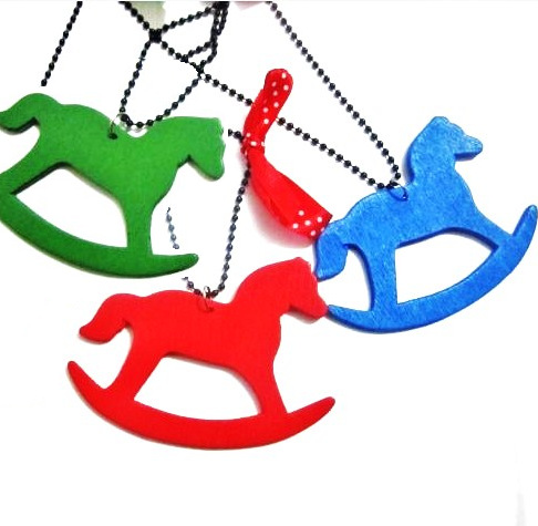 2014 New Arrival Limited Trendy Fashion Cartoon Children Necklace Wool Pendant Necklaces Wooden Horse Bow Accessories Wholesale