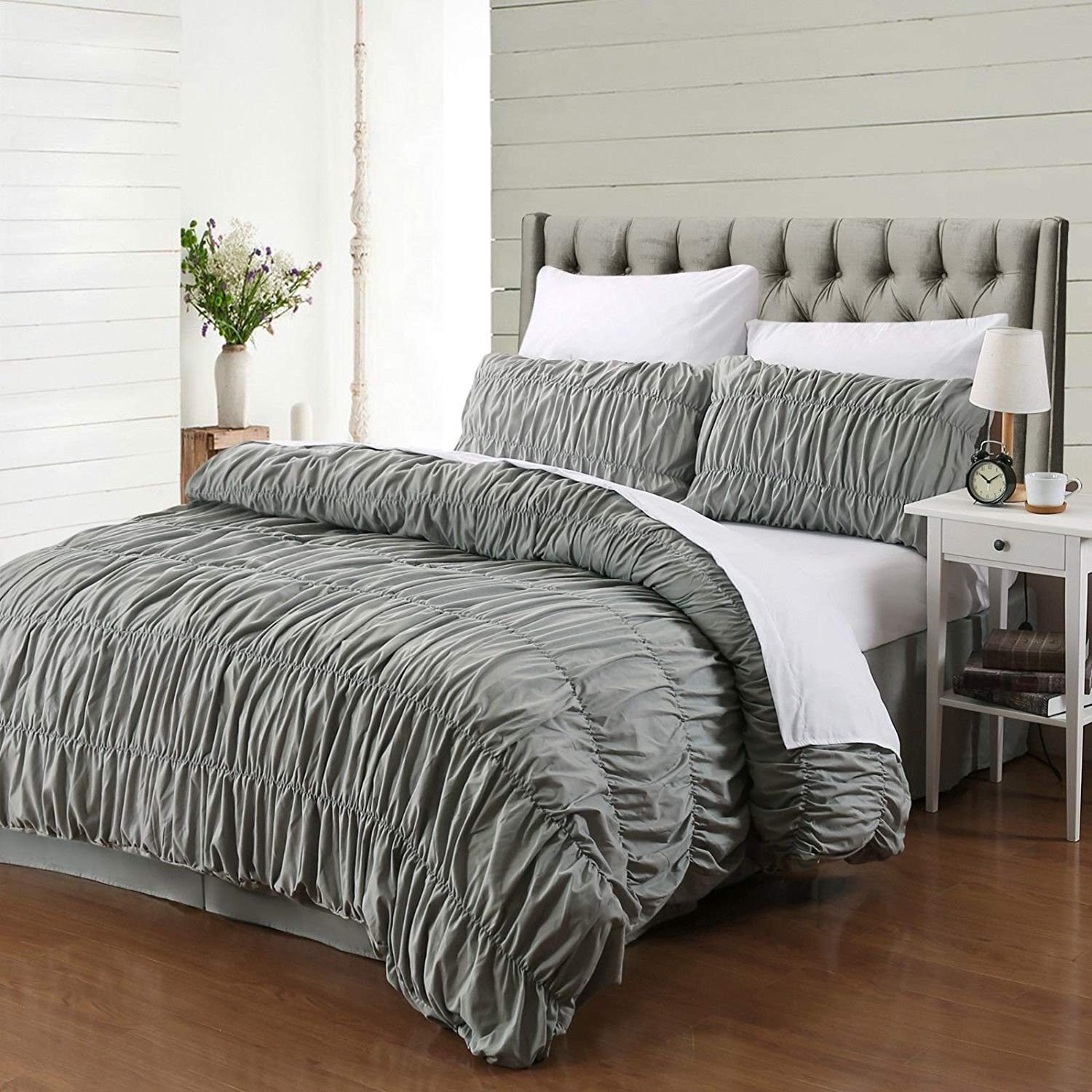 AMOR & AMORE 3 Pcs Ruffled Duvet Cover Set Grey Shabby Chic Bedding, Ruched Bedding Duvet Set Shabby Chic Bedroom Decor (Queen Size)