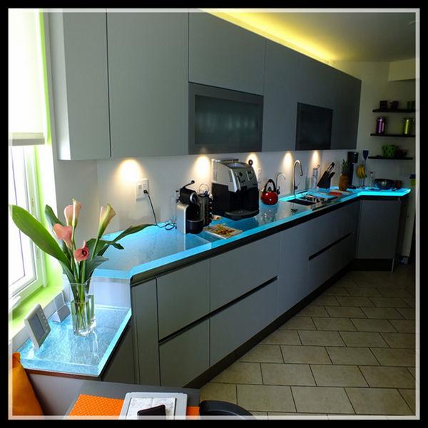 Glas Counterop/küchenarbeitsplatte/küche Möbel - Buy Küchenmöbel ...