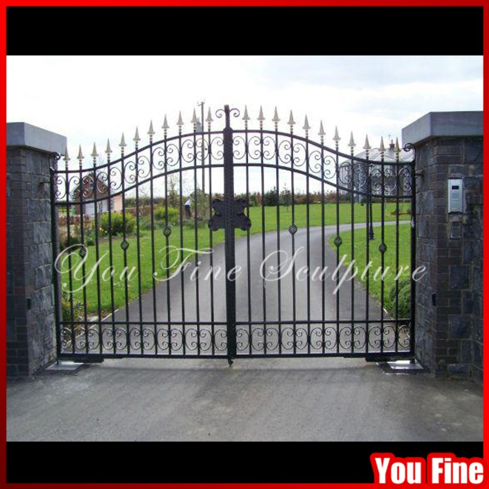 gate called beautiful playing - 708×479