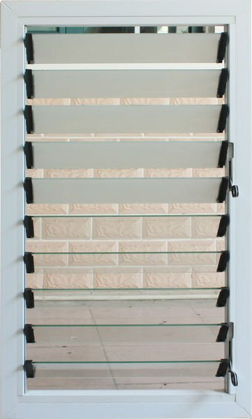 New design louvered glass window