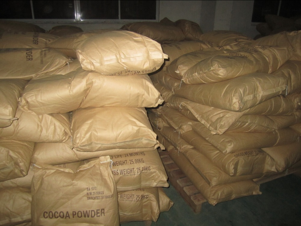raw cacao powder chocolate material
