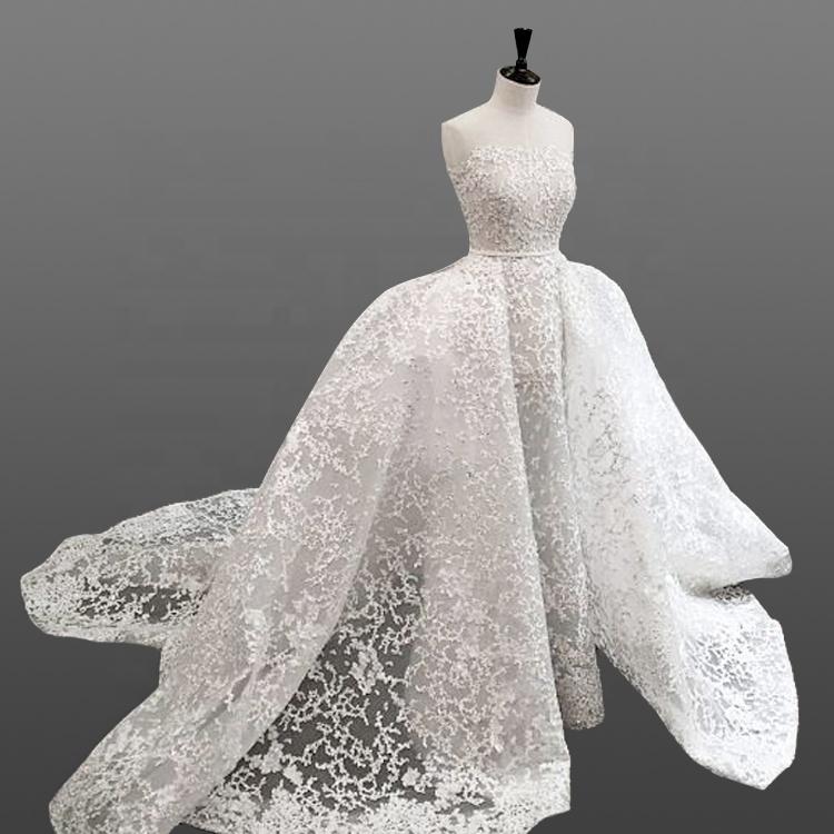 9cd4f05a9e5bf Dubai Style Wedding Dress 2018 Mermaid Lace Pattern Bridal Gowns with Princess  Long Train