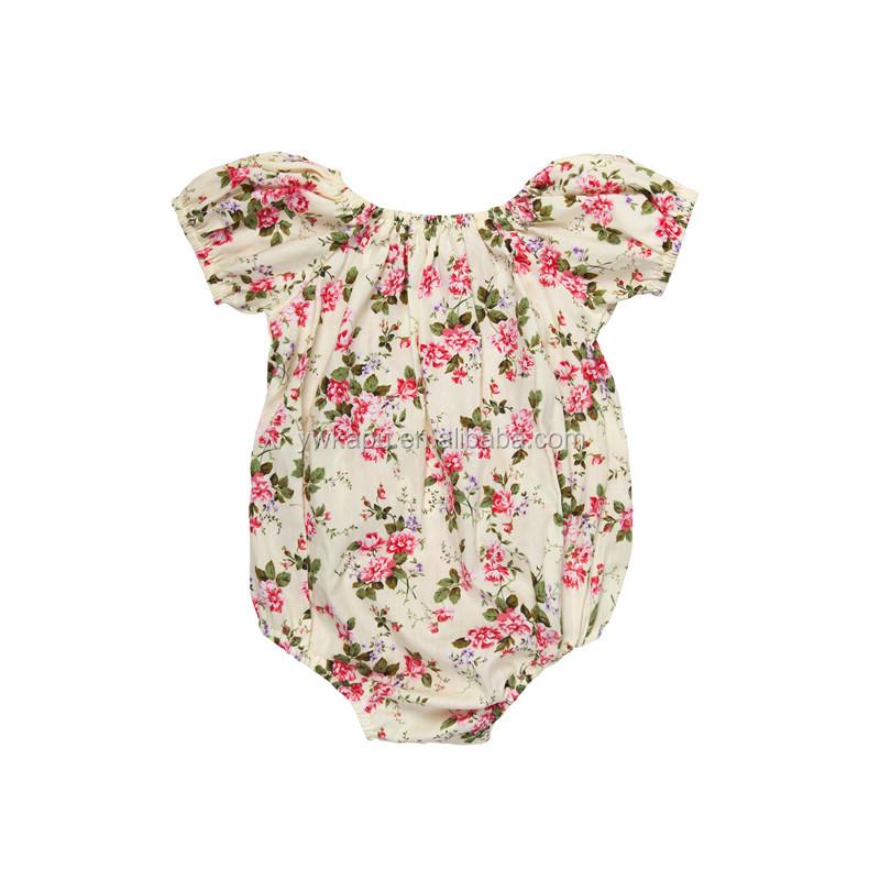 Cómoda y práctica, en preciosos colores o con estampados, tenemos ropa y accesorios para cualquier necesidad de tu bebé niña. Tejidos suaves y diseños funcionales para .