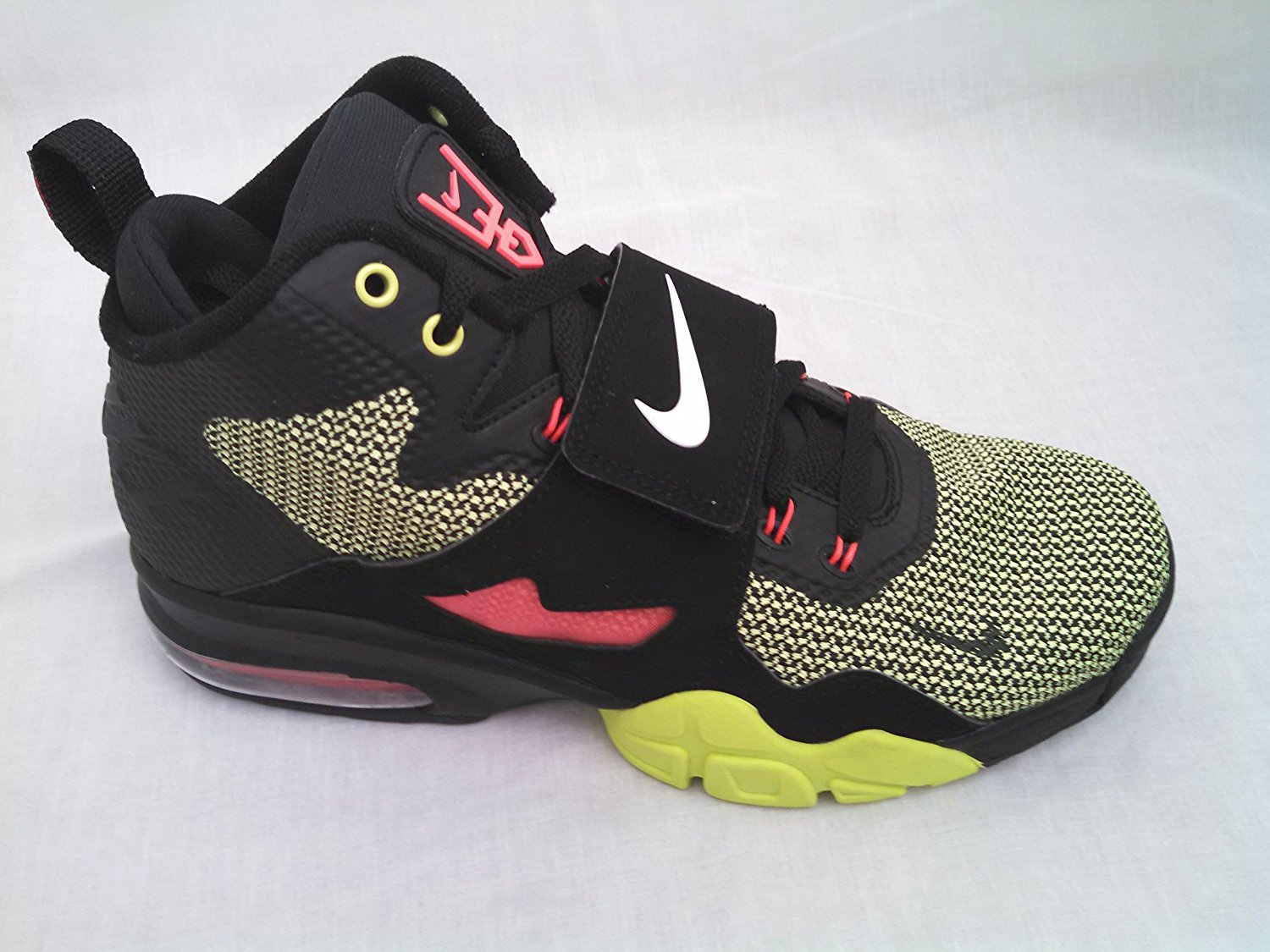 Buy Nike Sportswear Air Diamond Turf Vi Sneaker Green 9 in Cheap ... 1fb43a205