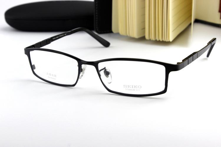 6cba5710819 Buy Brand Designer Brand Ht1072 Eyeglasses Frame Glasses Full Frame  Titanium Frame Oculos De Grau Eyeglasses Men Original Case in Cheap Price on  m.alibaba. ...