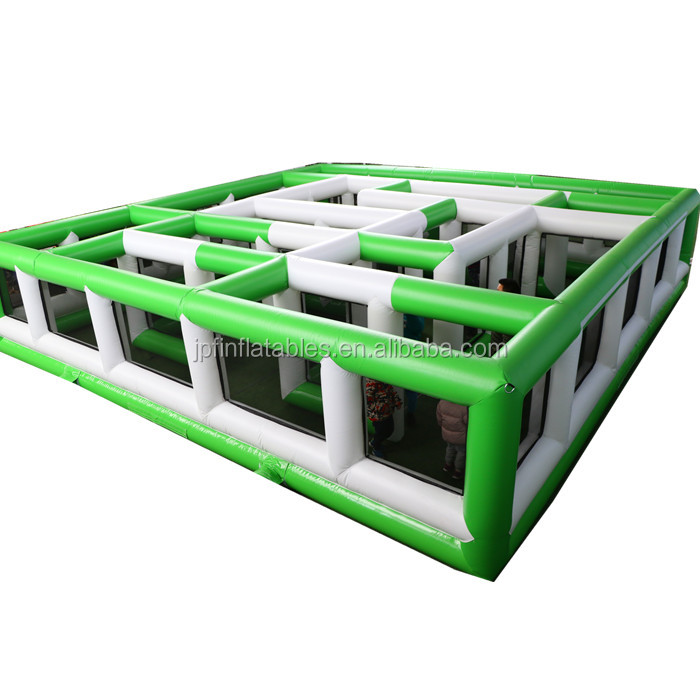 2019 midium sized two color inflatable maze for kids.