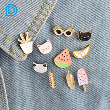 Factory directly sale enamel brooch with hand,eye, Lips shape you can choose