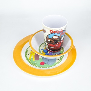 Wholesale 3pcs 100% melamine dinnerware set kids with bowl plate mug cartoon print and customized print