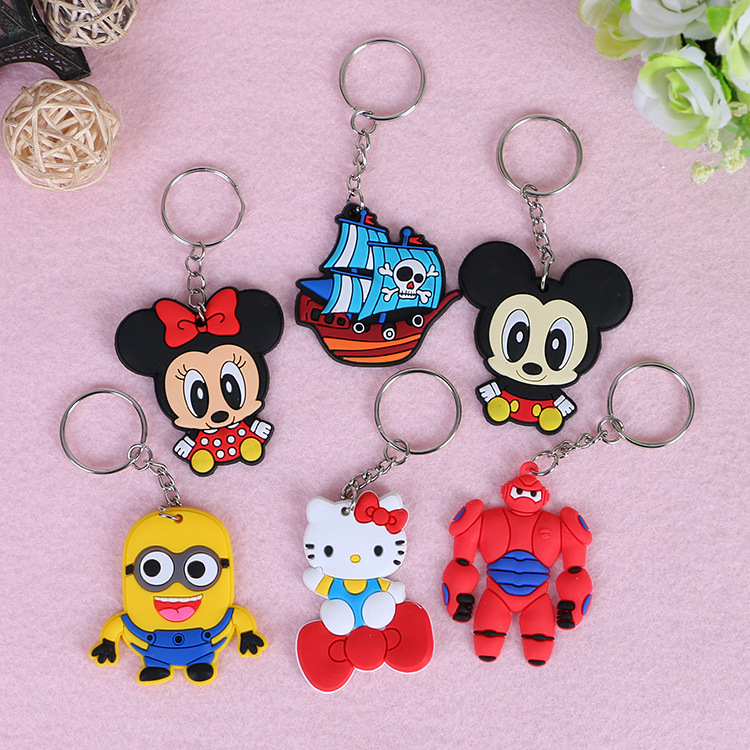 New 3D Super hero mixed PVc Keychain,Children's Christmas gift custom cartoon pvc keychain,custom plastic
