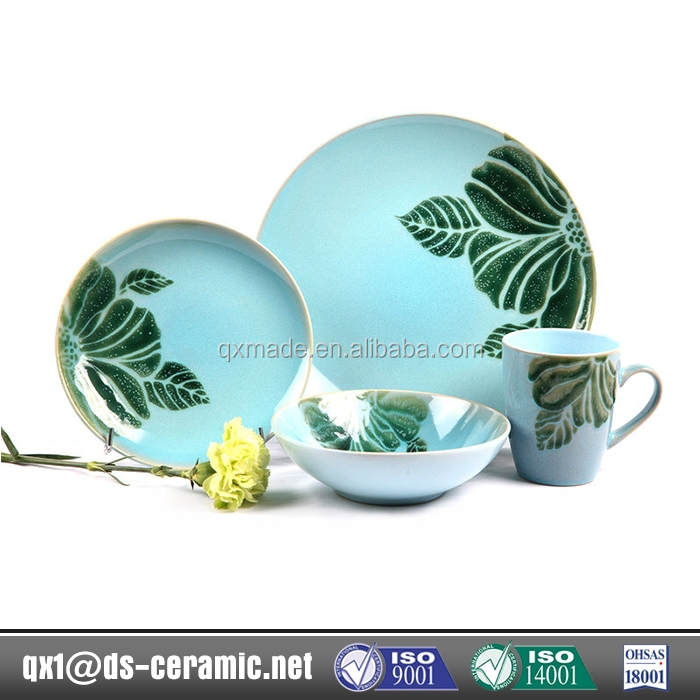 Alibaba Cheap Wholesale stoneware blue and white porcelain dinnerware set