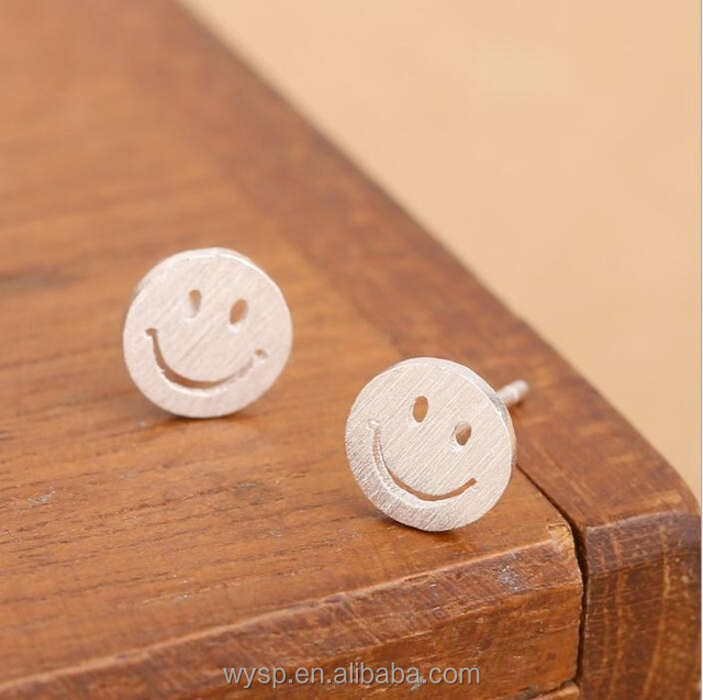 Cute 925 Sterling Sliver Smile Face Round Stud Earrings for Teens