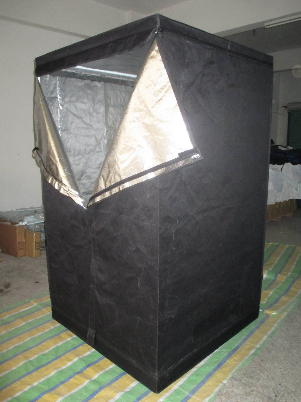 grow tent cheap yield lab 48x48x78 reflective grow tent sc 1 st. Black Bedroom Furniture Sets. Home Design Ideas