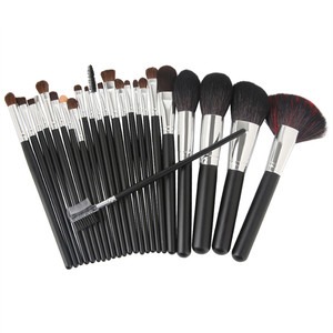 24pcs Professional Natural Goat Hair Makeup Brushes Set Power Contour Concealer Blush Eyeshadow Lip Beauty Brush With Nylon Case