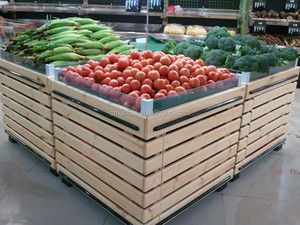 Wooden supermarket shelf for vegetable and fruit