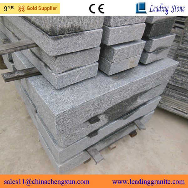 Wholesale natural Chinese granite cheap exterior palisade fencing for sale