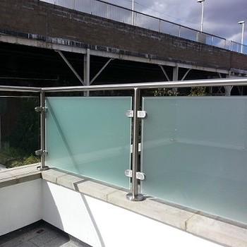 Clip Di Moderne Vetro Balaustra In Acciaio Inox Rotaie Balcone Buy