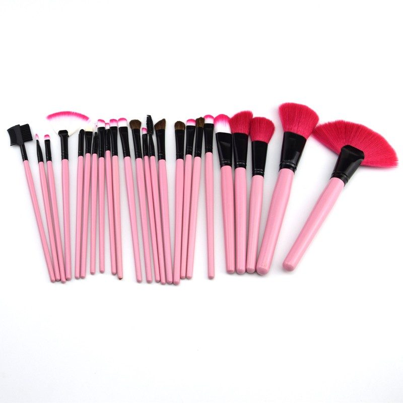 products in demand 2018 beauty personal care 24pcs goat hair make up brush set custom logo blush foundation brush