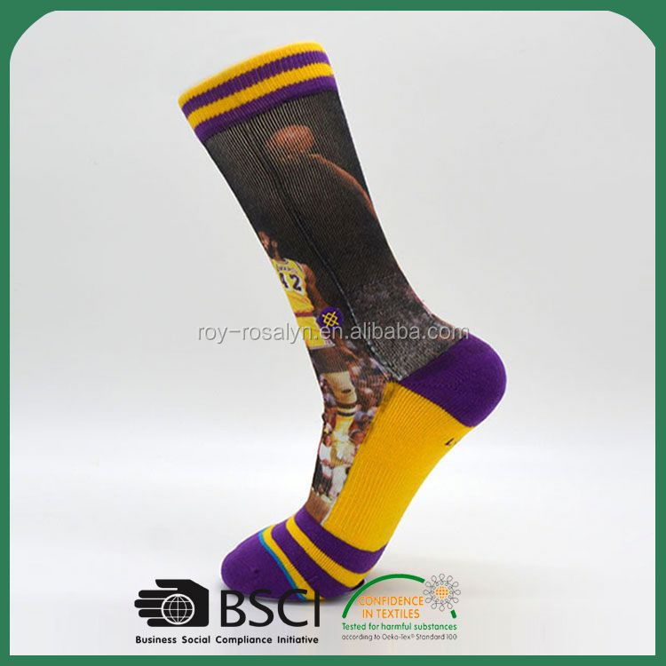 New Arrival simple design printed soccer socks wholesale