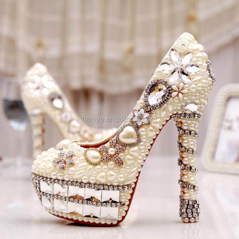 2017 Nouvelles Femmes Pompes Chaussures Talons hauts chaussures de mariage  de Luxe, italien En Cuir