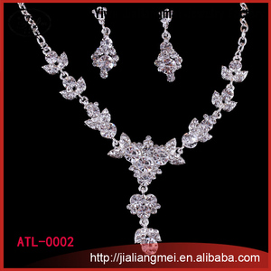 2015 Fashion bridal jewelry accessory, crystal wedding necklace and earring
