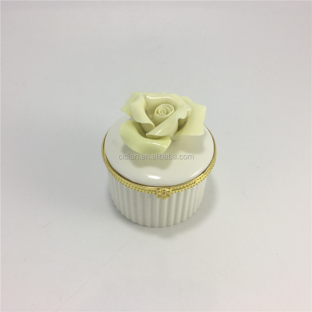 Ceramic rose flower jewelry storage box with metal ring