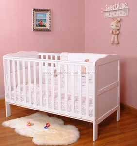 Euro UK clissic solid wooden baby cot/baby crib price cost-effective