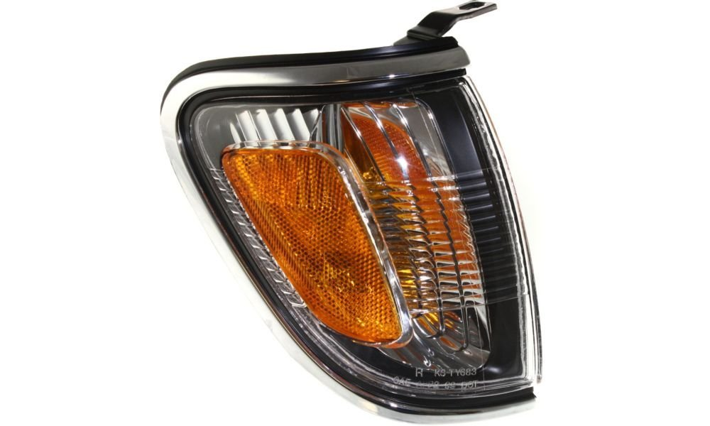 Evan-Fischer EVA20572051107 Corner Light for Toyota Tacoma 01-04 Corner Lamp RH Assembly Park Lamp W/ Chrome Trim Right Side Replaces Partslink# TO2521161