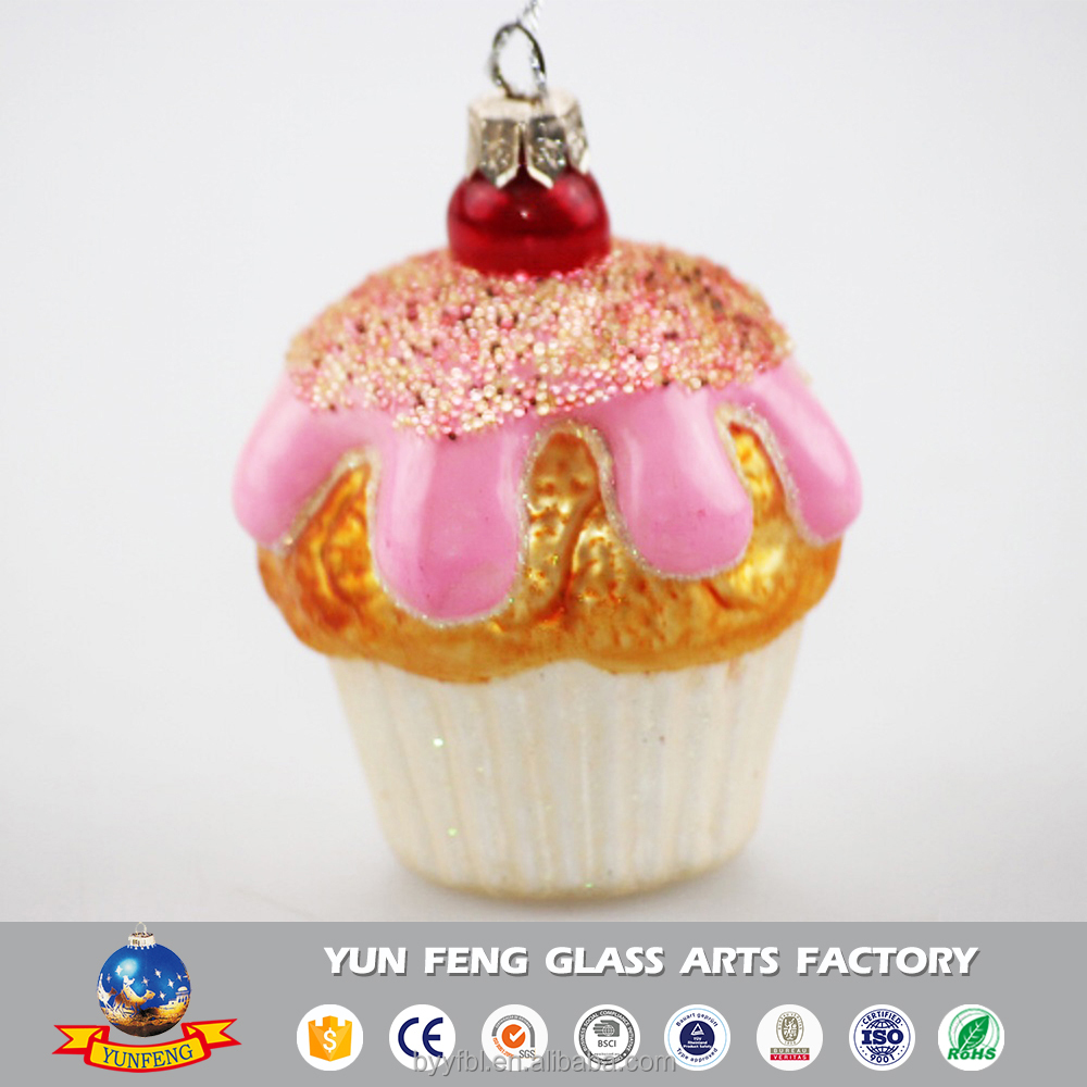 Hot sale popular cake shaped glass christmas decoration