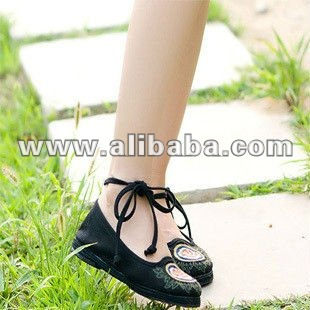 Shoes Handmade Flat Wholesale China Retail and Embroidered P0xaqPFn