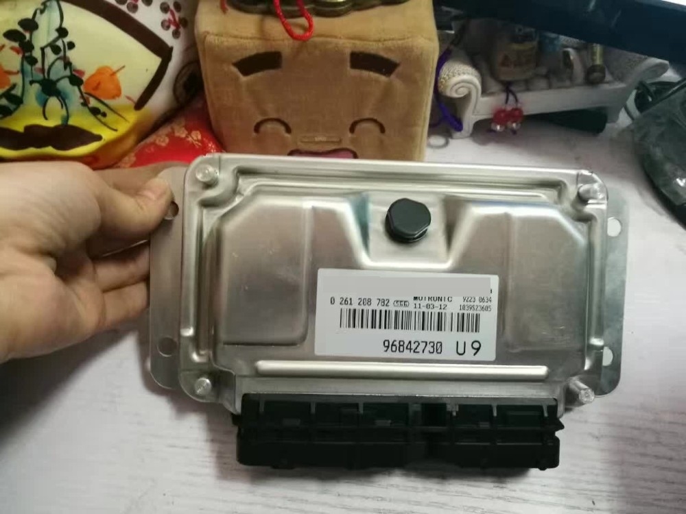 ENGINE CONTROL UNIT ECU 96842730 9684 2730 9684-2730 For GM& Chevrolet