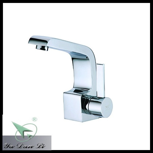 Chrome surface treatment gravity die casting art basin faucet