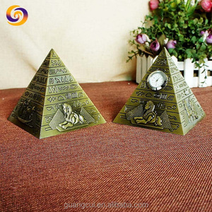 Egypt souvenir Factory Custom made best home decoration gift metal craft Exquisite egyptian pyramid with watch