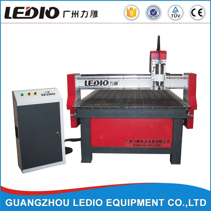 Special kind LD-1325 wood cnc engraving and cutting machine with 5.5kw spindle motor